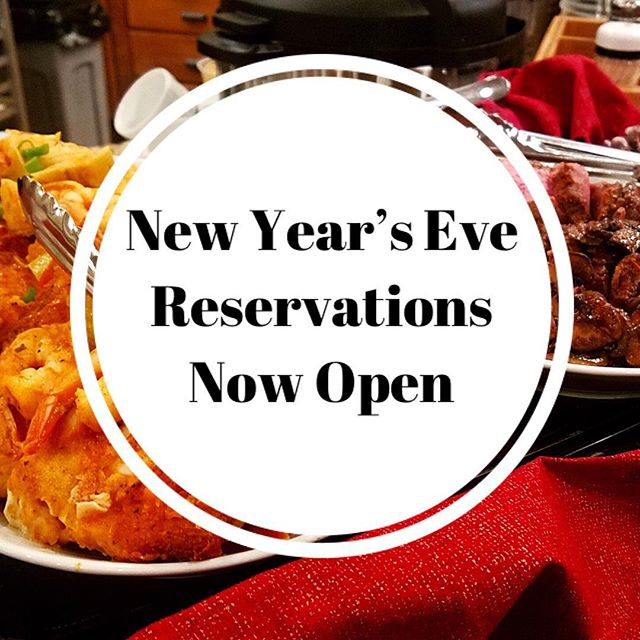 Our New Year's Eve Chef's Dinner at the Loft is filling up fast! Get your reservation by emailing Chef Maggie and checking our Facebook :) link in bio. . . . . . . . . . . #food #chef #dessert #passedappetizers #horsdoeuvres #chefsofinstagram #catering #privatechef #appetizers #partyplanning #weddingplanning #weddingfood #weddingwyoming #newyearswyoming #newyearsfood #delicious #handmade #foodie #wyoming #jacksonhole #starvalley #cheflife