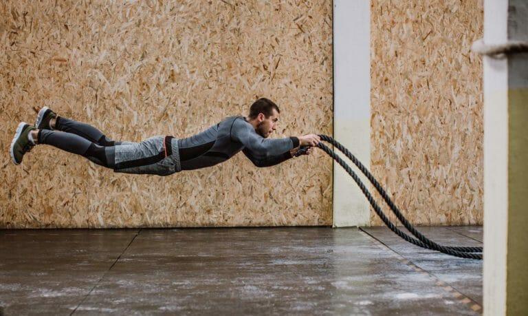 https://mensfitnessmagazine.com.au/10-full-body-battle-rope-moves/