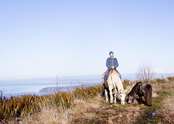 matthew_sequim_horsebackriding_lostpeacockcreamery.jpg