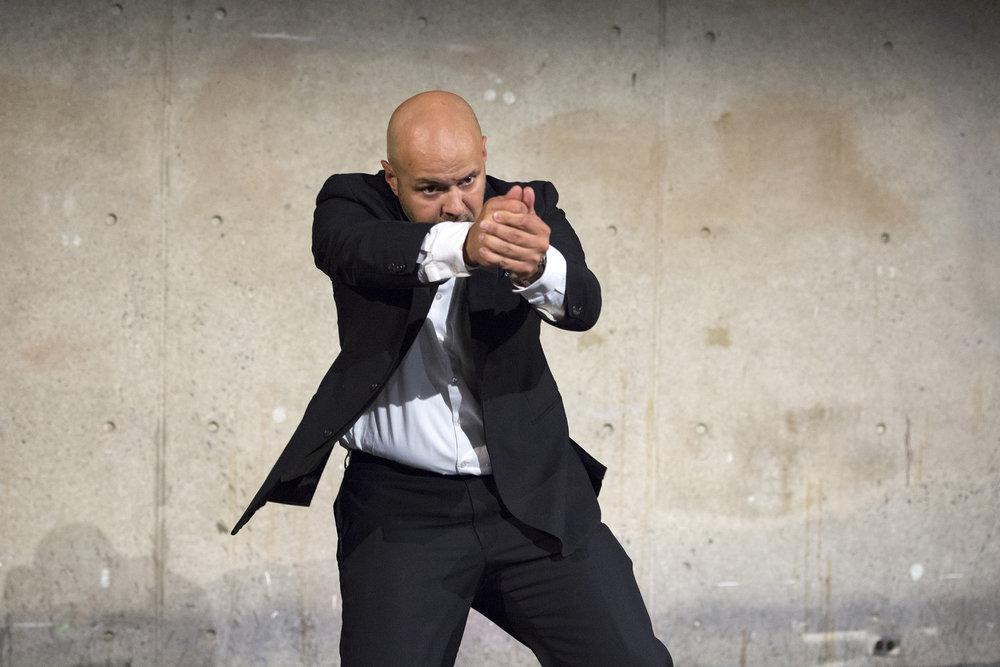 Killing the President (choreography for bodyguards)