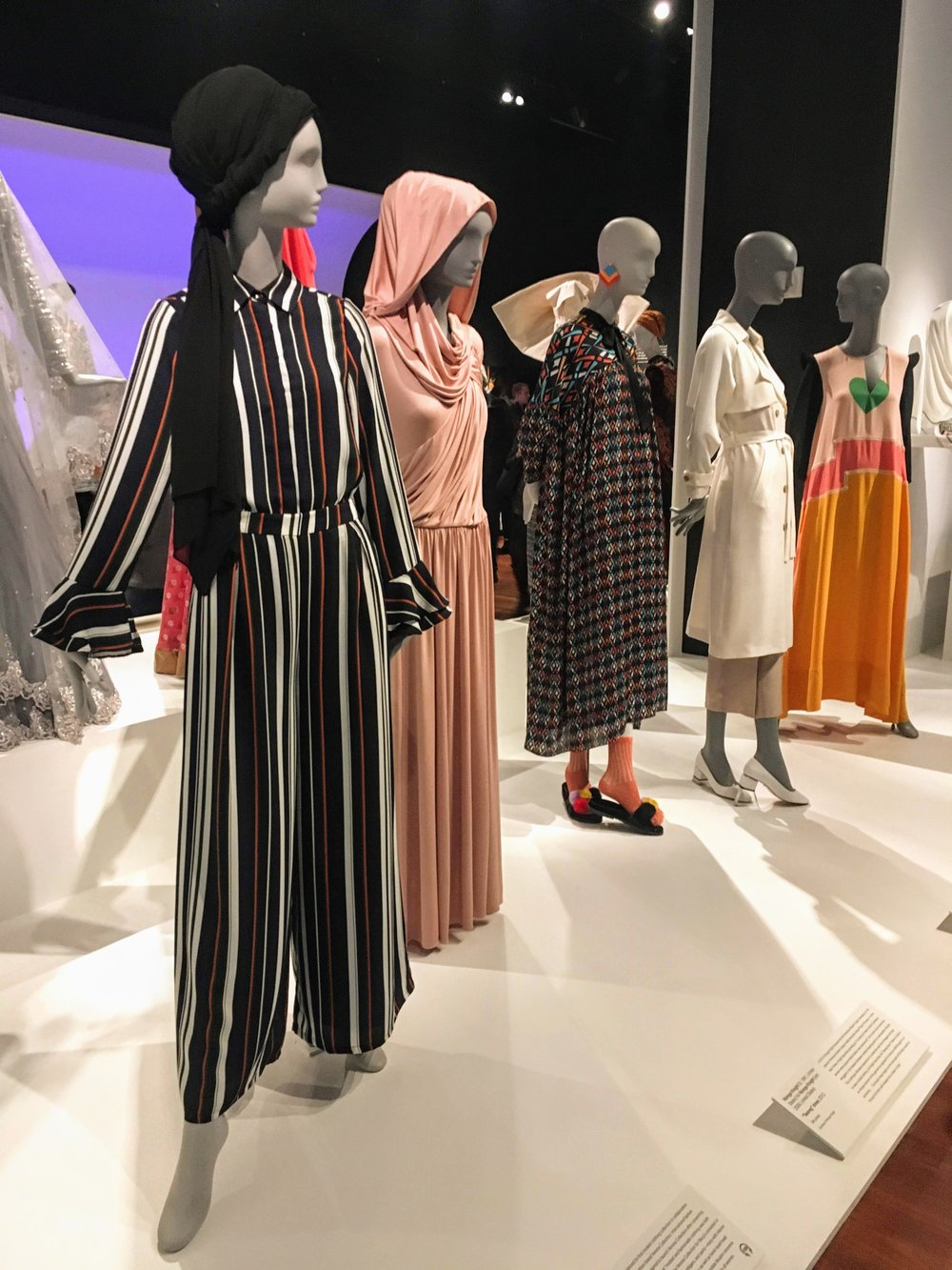 "de Young Museum -  ""Contemporary Muslim Fashions"""