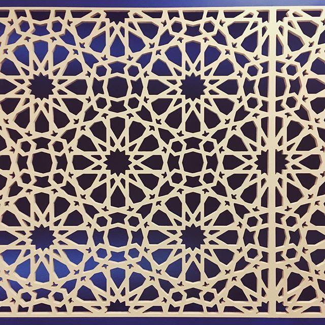 Hariri & Hariri #architecture at the #deYoung's #ContemporaryMuslimFashions exhibition