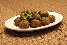 220px-Falafel_balls.jpg