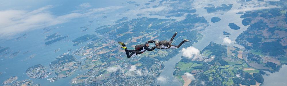 Formasjonshopping_Tonsberg-Fallskjerm-Klubb_Skydive.jpg