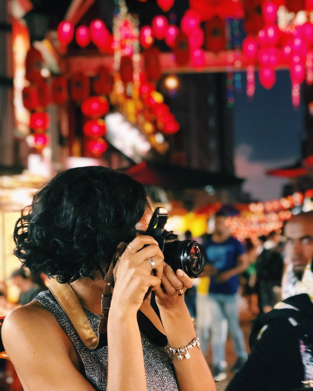 Kuala Lumpur, Malaysia // 02.2018 - got together with my creative, photography-loving colleagues and went out shooting in Chinatown just before Chinese New Year. we had so much fun capturing our different perspectives of the busy shops & alleyways. here's the behind the scenes, from my lens. (except the shot of me here, which was captured by aundrèa's iphone!; as well as the 'movie,' shot & edited by tony)photo album ➝