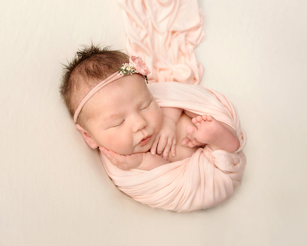 Natural newborn photography Gloucestershire