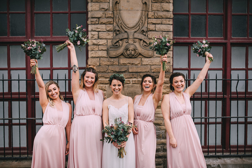 newcastle-clayshed-holly-rose-weddings-EMILYJOE_359(pp_w1880_h1255).jpg