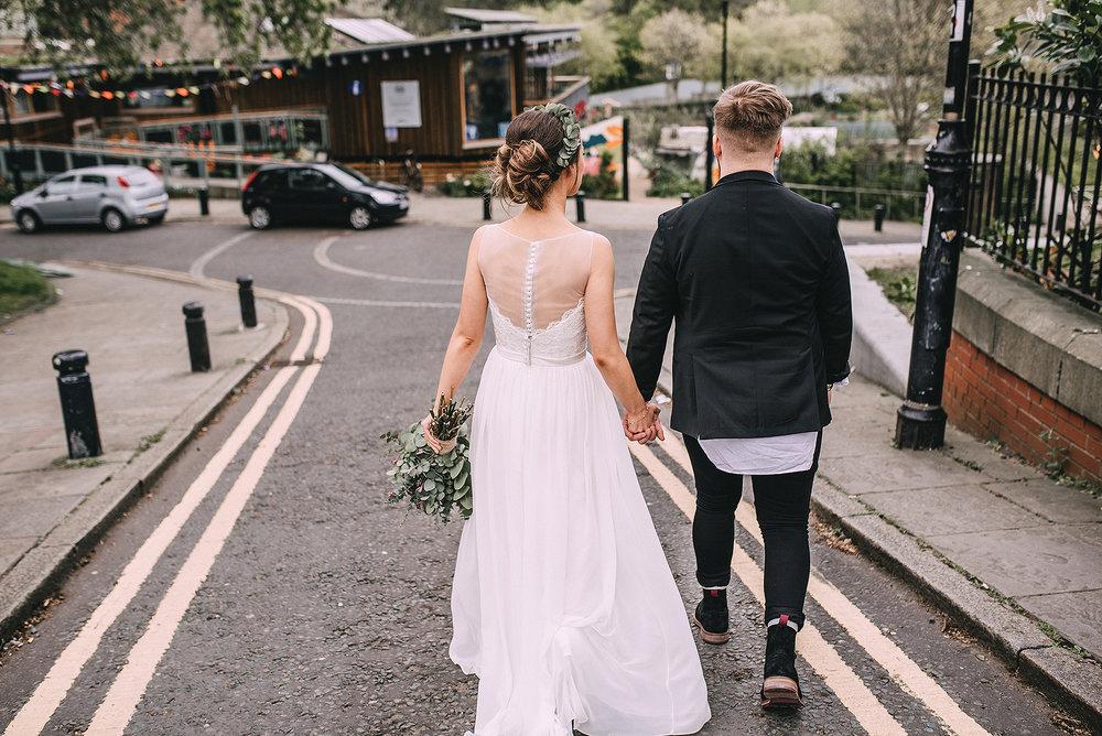 newcastle-clayshed-holly-rose-weddings-EMILYJOE_414(pp_w1880_h1255).jpg
