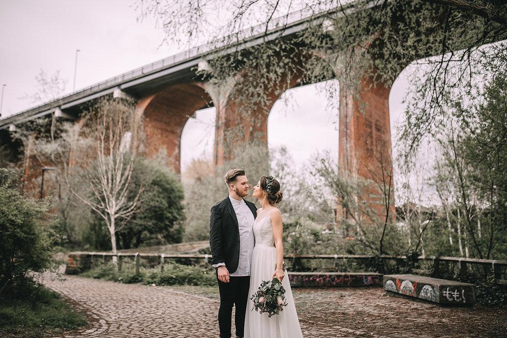 newcastle-clayshed-holly-rose-weddings-EMILYJOE_569(pp_w1880_h1255).jpg