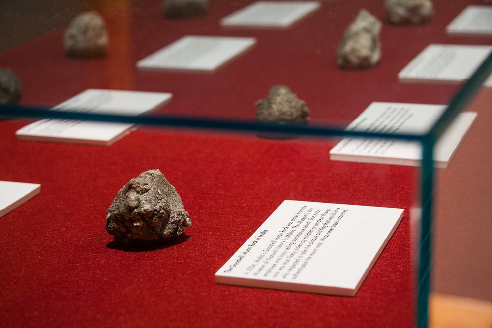 Lauren Davies, Hall of Faux Moon Rocks . Image by Jerry Mann, courtesy of SPACES.
