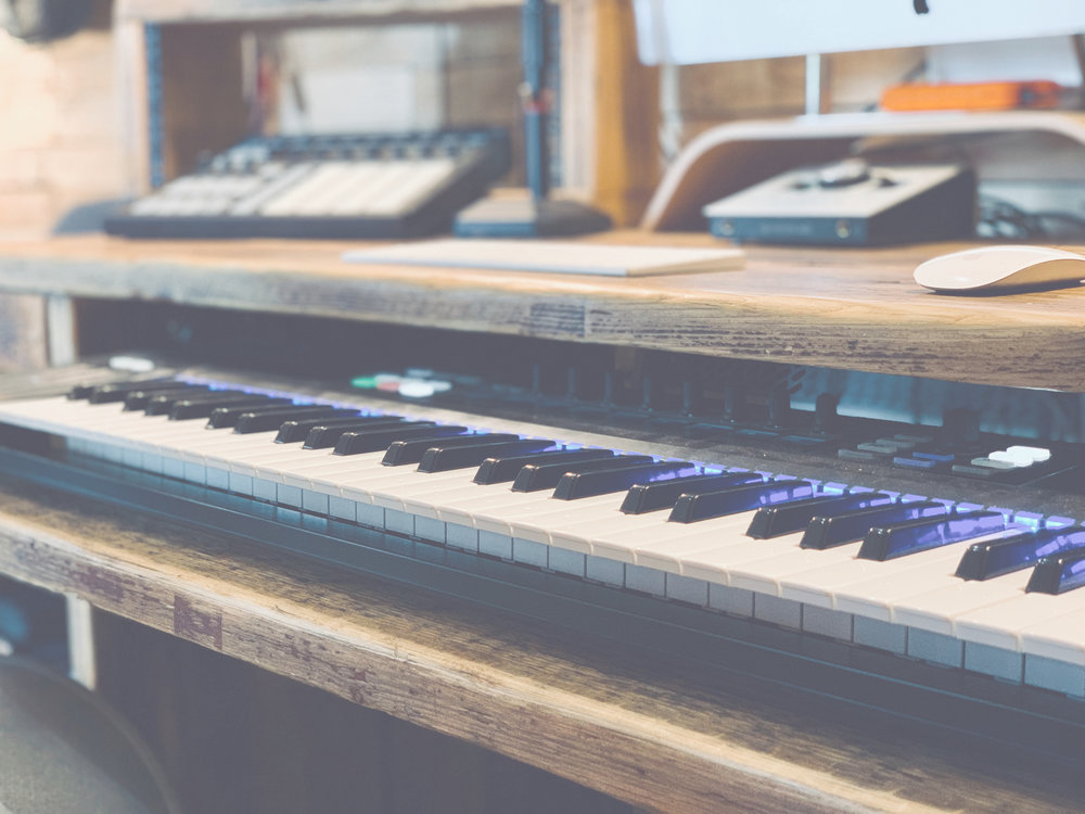 Platinum selling producers & Songwriters - Our team of world class writer/producers are on hand to help you make the record you've always wanted to make. Whether you are a seasoned singer/songwriter or a new artist with no writing experience at all!