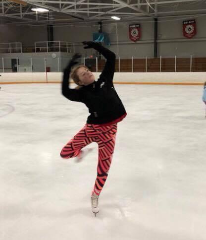 skate spin.jpg