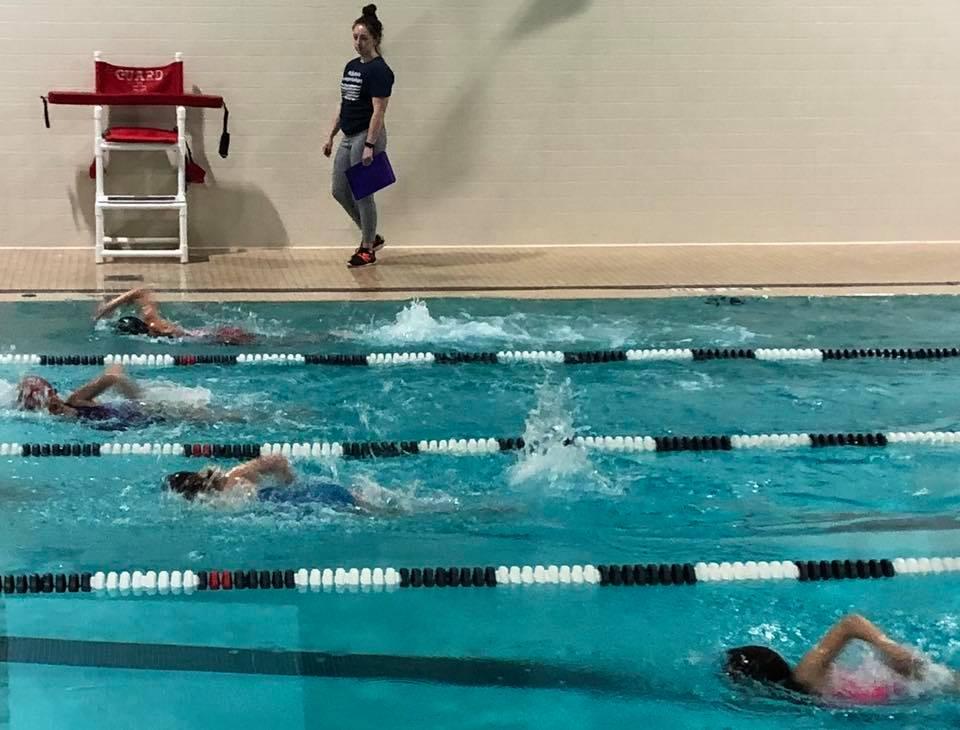 swim clinic.jpg