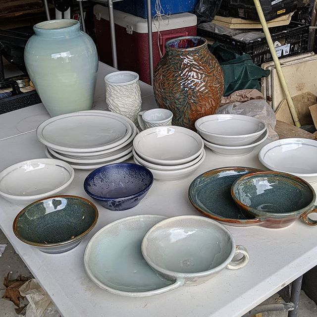 Cleaning up some of my new work! It's a good feeling to have all this done.  #ceramics #ceramicart #pottery #handmadeceramics #wheelthrownceramics #stoneware #porcelain #plates #bowl