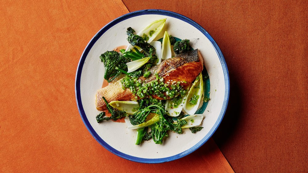 Salmon and Broccolini with Citrus-Chile Sauce