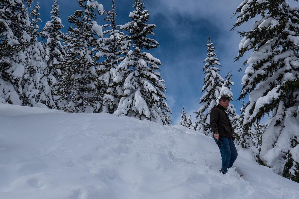 03-snowshoeing-18.jpg