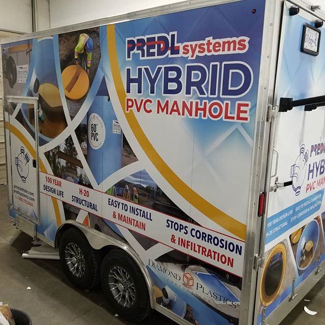 Wrapped and ready to roll out. Great way to advertise what you do!  #trailer #trailerwrap #vinylwrap #fullwrap #wrapped #branding