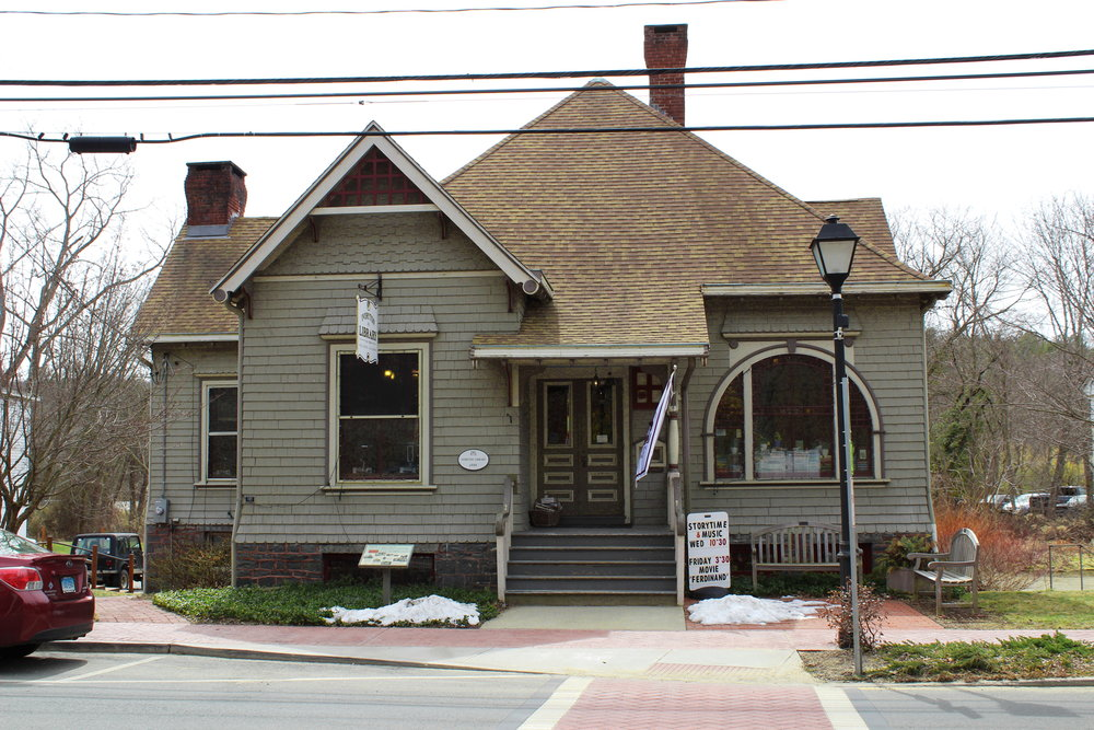 Ivoryton Library was built in 1889 and is one of the few historical buildings to have its original structure.