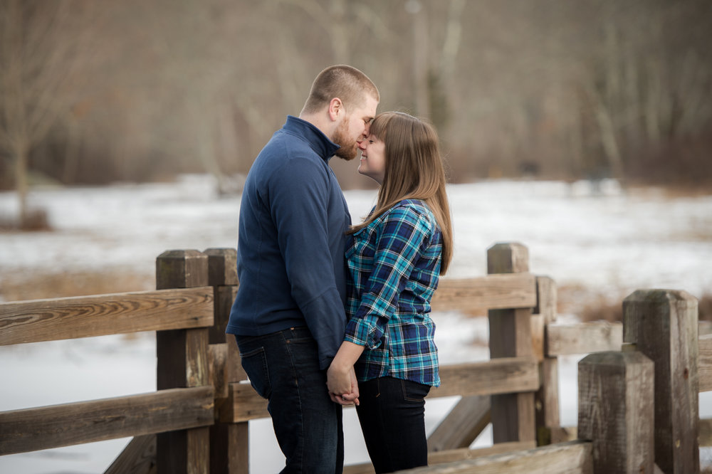 southford_falls_engagement-0008.jpg