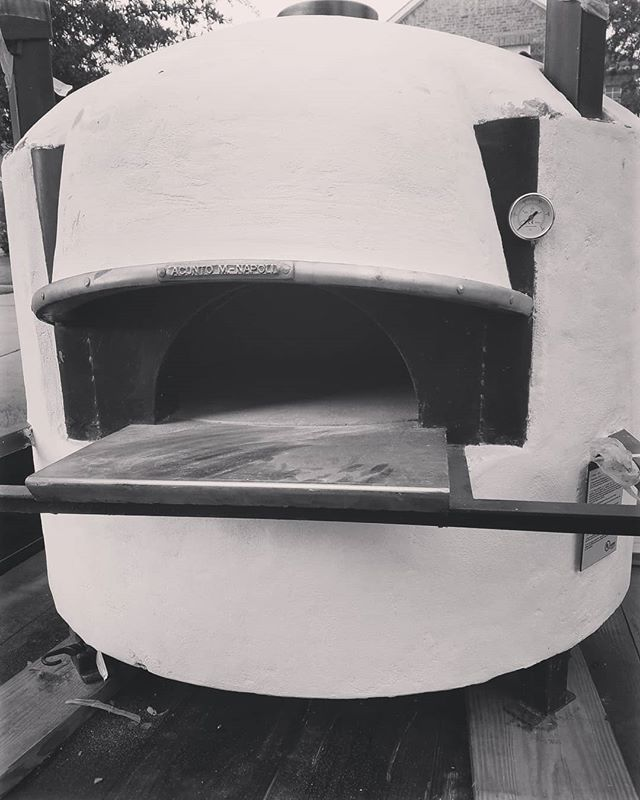 Oh yea! Look at we are about to throw on the back of our food truck. An Italian wood burning pizza oven! #cooking #food #foodanddrink #foodie #FoodTrucks #farmtotable #farmtofoodtruck #denton #dallas #foodart #pizza #woodfiredpizza #drunchies