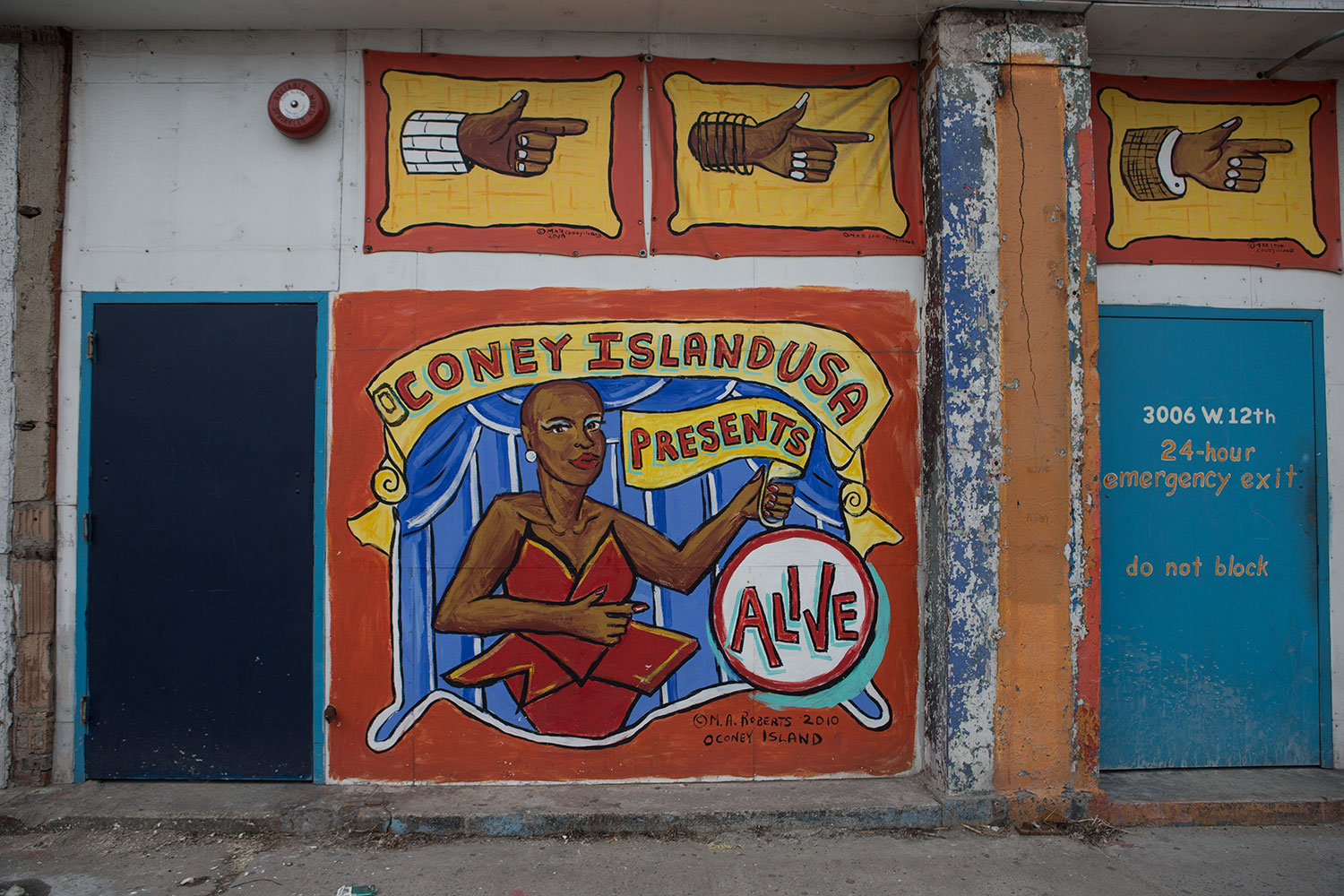 Coney Island Ny Greetings Tour Us Postcard Mural Artists