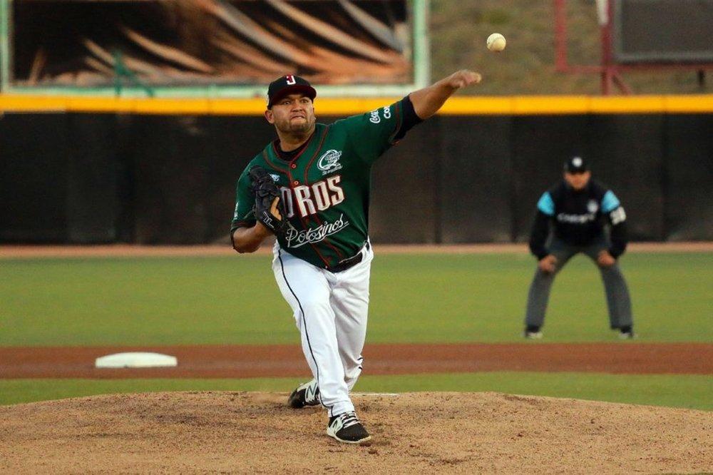 CARLOS-HERNANDEZ.jpg