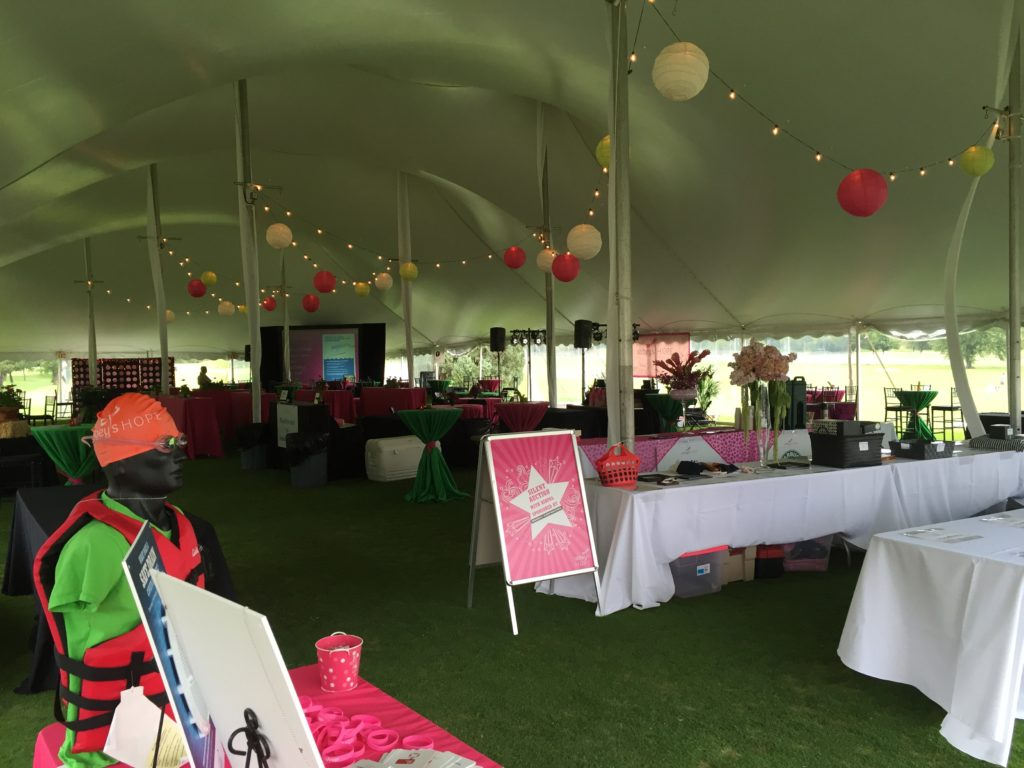 Picture of the interior of the tent at the 2016 Abbey's Hope Foundation event at the Braemer golf course. Picture shows AV for you 7.5x10 screen and multiple AV for You speakers