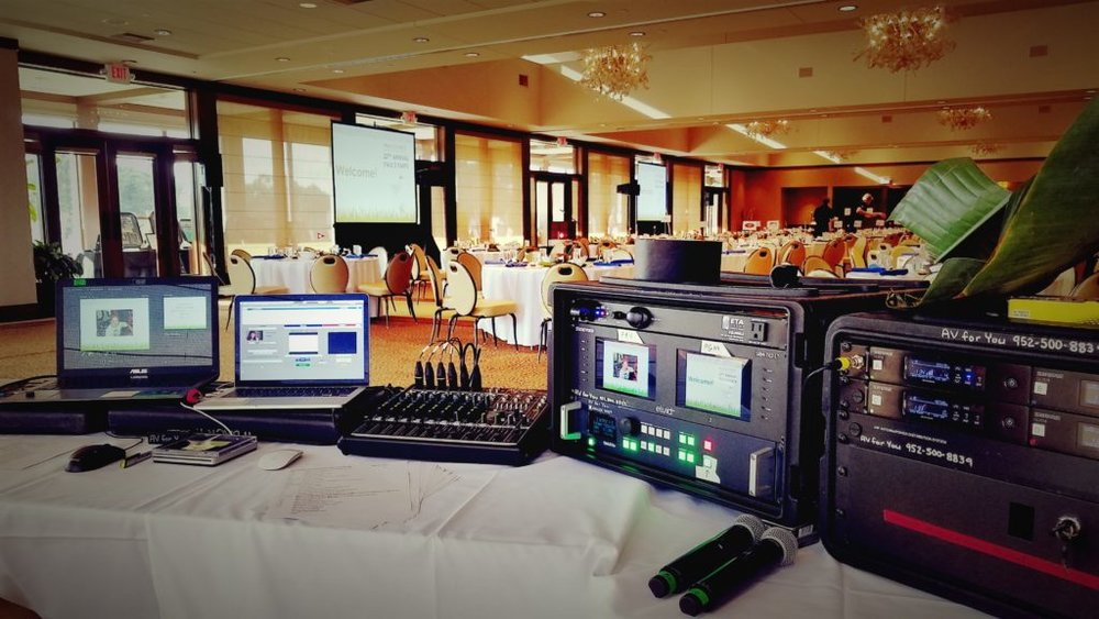 Picture of the AV for You set for Paul's Pals Fundraiser at Oak Ridge Country Club
