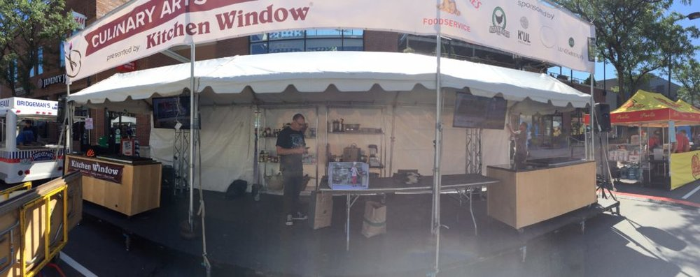 Picture of AV for You set up for a Culinary Challenge at the Uptown Art Fair