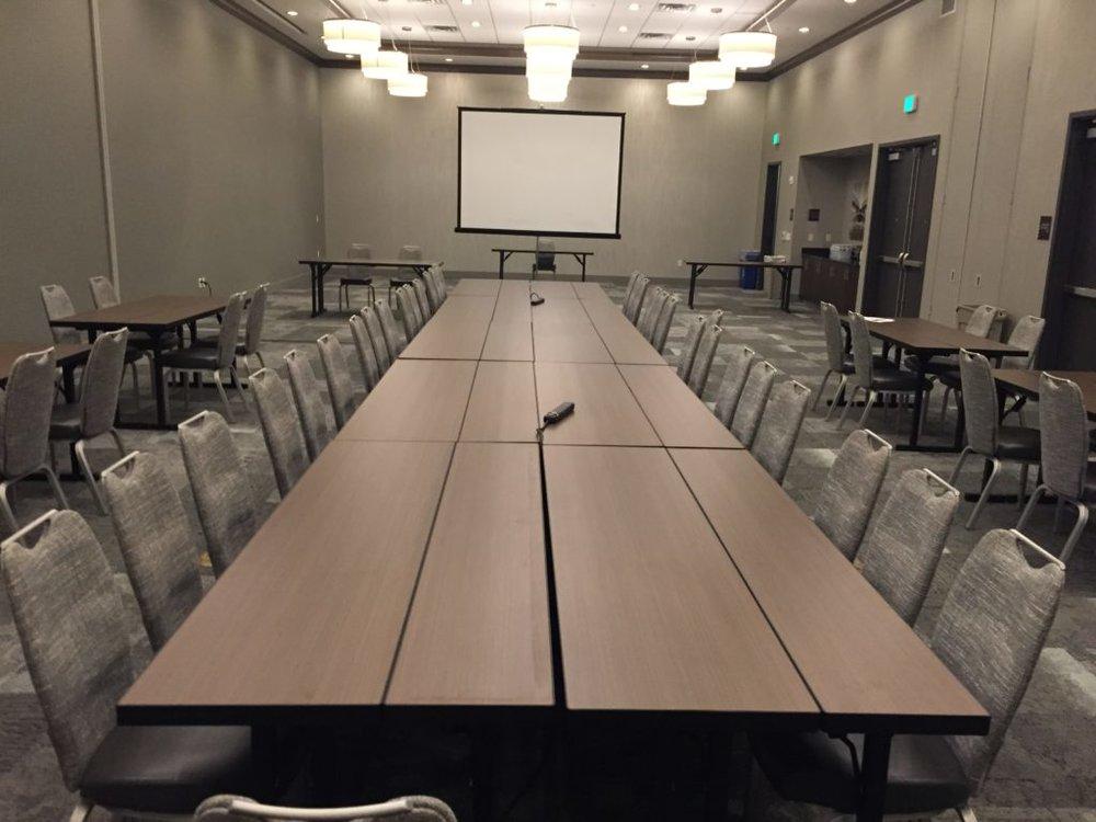 Picture of AV for You set up in Hampton Inn St. Paul
