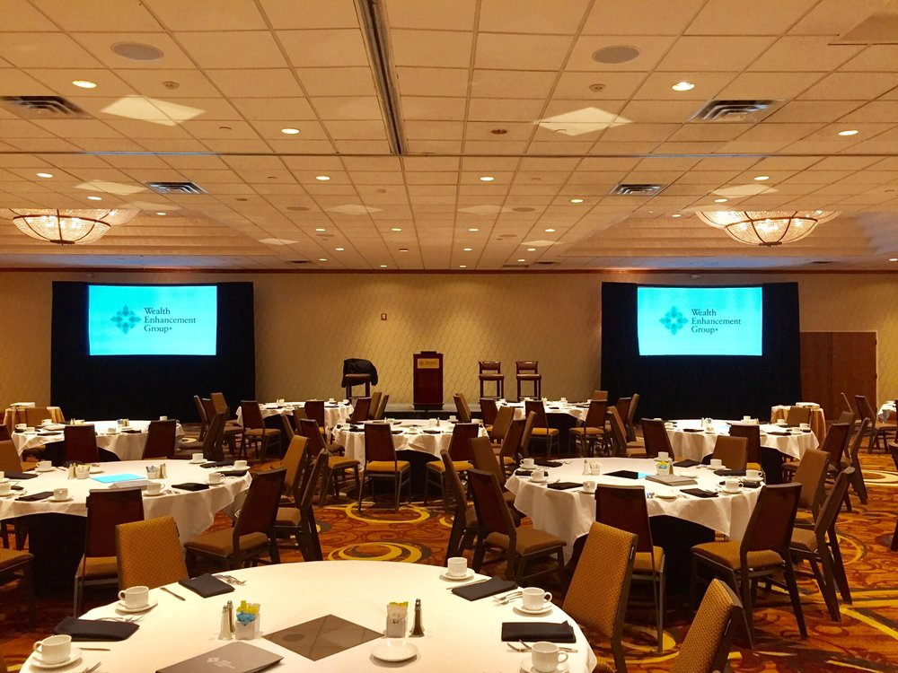 Picture of AV for You rental screens at Sheraton Minneapolis West