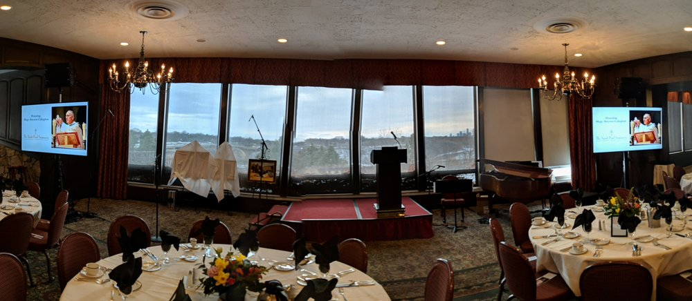 Picture of AV for You speaker and microphone rental at Town and Country Club in St Paul