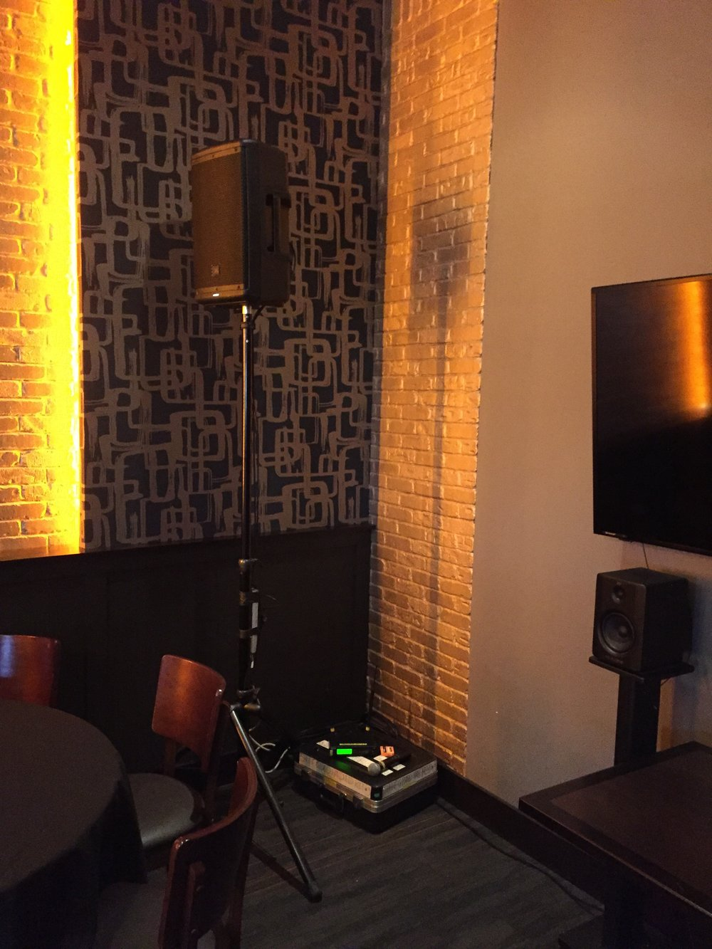 Picture of AV for You speaker and microphone rental at Crave in Roseville