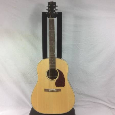 Picture of AV for You Gibson Acoustic Guitar available to rent