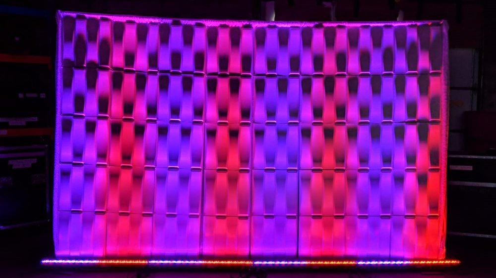 Picture of AV for You Mega Bar LED Lights available to rent