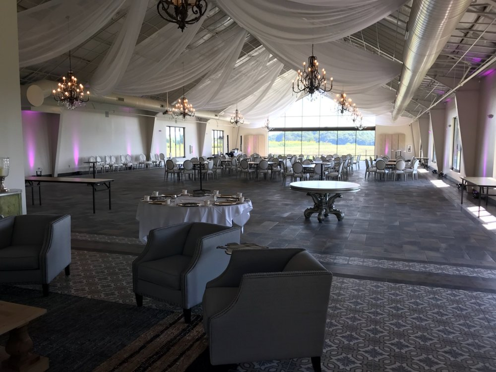 Picture of AV for You uplighting rental at Bavaria Downs in Chaska, MN