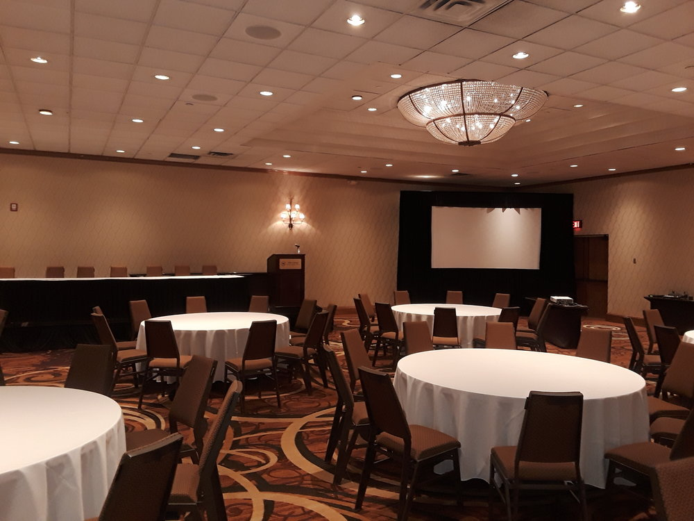 Picture of AV for You screen rental at the Sheraton Minneapolis West Hotel
