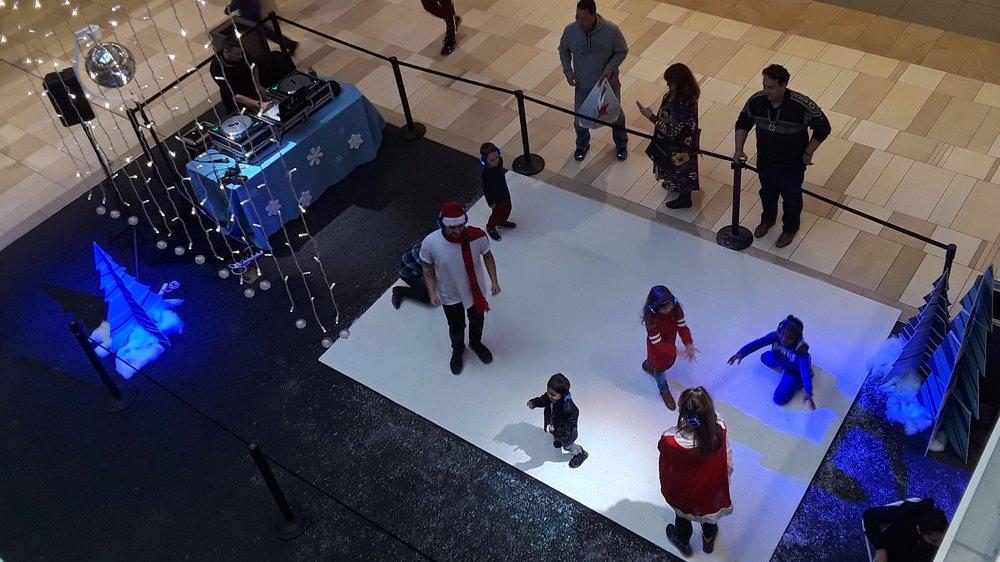 Ridgedale Mall-Minnetonka-Silent Disco #2.jpg