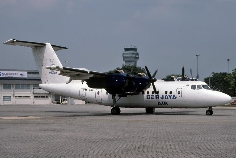 JPG1024_9M-TAL_DEHAVILLAND_DHC-7_112_SUBANG_UNK_BERJAYAAIR.jpg