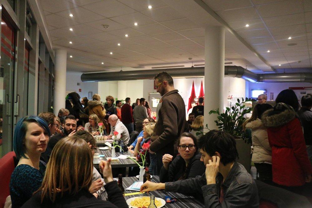 SI Website Café X Gäste.jpg