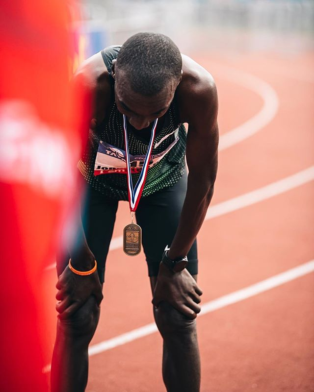 Elite vibes at the finish line after the Amsterdam Marathon — @lechampionevents @tcsamsterdammarathon @urbanrunnersnl — #marathonamsterdam #sportvibes #jonathankorir #sportphotography #nnrunningteam ##amsterdamrunning #marathoner