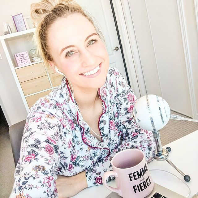 In honor of today being #internationalwomensday , it's only fitting to release a new Episode on The Femme and Fierce Podcast, right ?! 😉🙌🏼 . Today's guest is extra special. Passive Income Expert, Sarah King (@withthekings ) was the first business mentor I hired to bring my online dreams to life. Almost 3 years ago, she believed in me and my vision and gave me the tools I needed to get 'Vibrant Ambition Inc. off the ground! It's crazy what type of ripple effect following your dreams can have. I often think about... if Sarah hadn't followed her dreams, who knows where I'd be? Same with my clients? And their clients? ... How powerful is that !?😍 . . I also want to express my gratitude for ALL the babes in my corner who have believed in me, cheered me on, celebrated with me, supported me, inspired me, masterminded with me and reminded me of my power when I needed it most. You're all the real MVP'S 😉💖🧀 . So excited about this Podcast Episode, it's one of my absolute favs!! Link is in my bio!