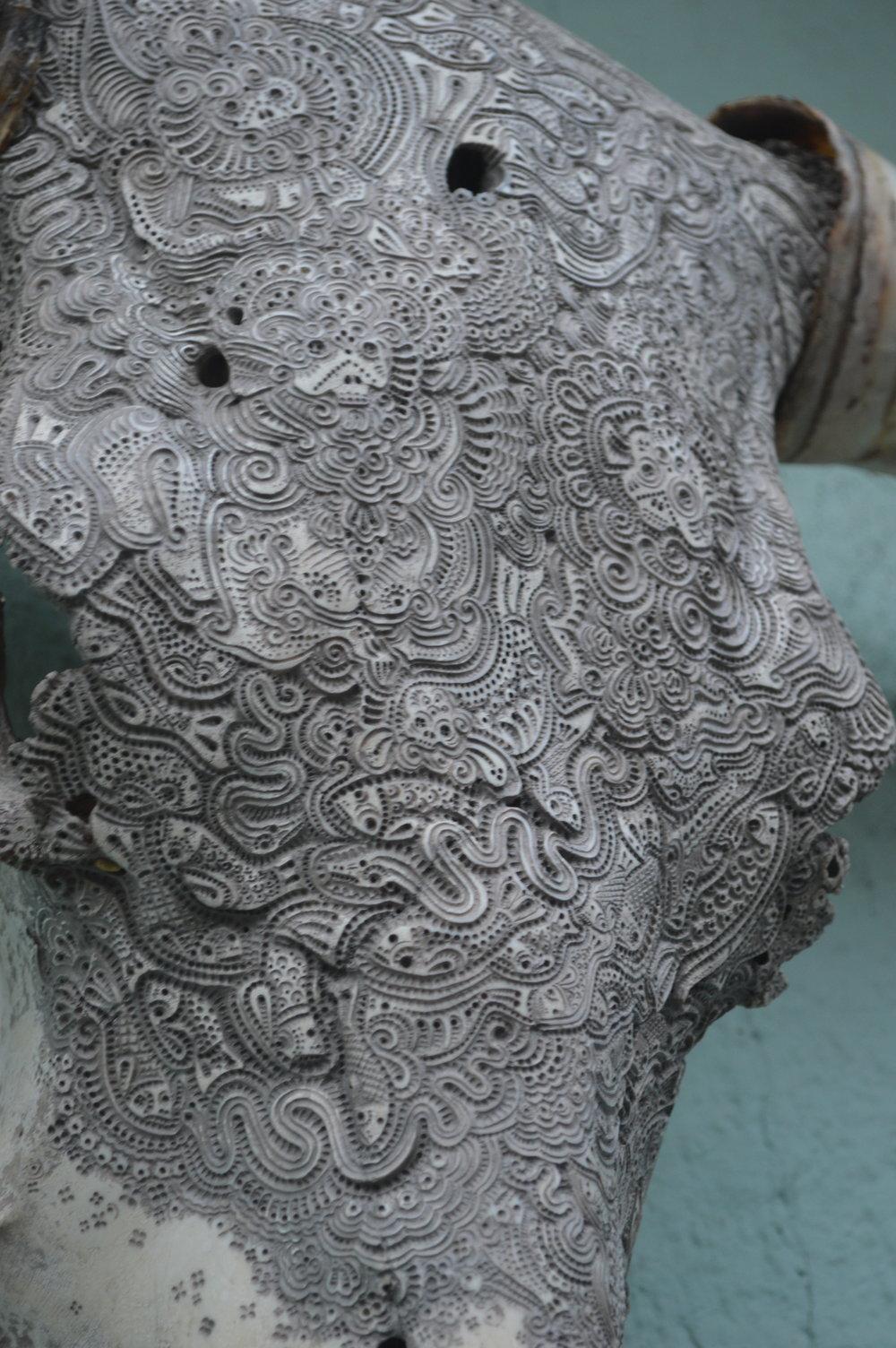 bull-skull-carving-artist-jason.JPG