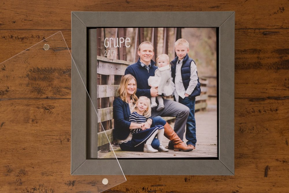 family-portrait-ideas-emily-brunner-photography.jpg