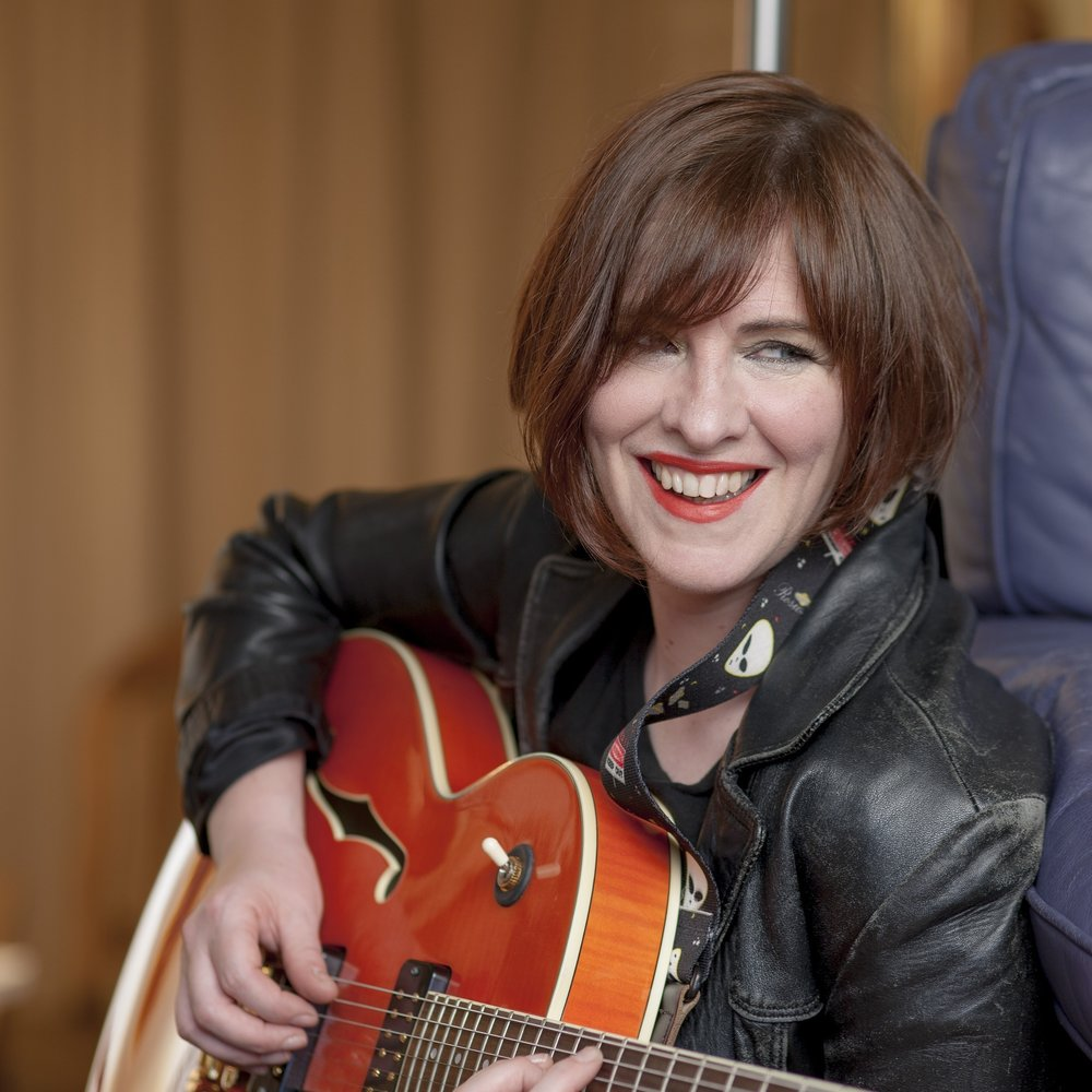 Eleanor McEvoy has returned to Australia.