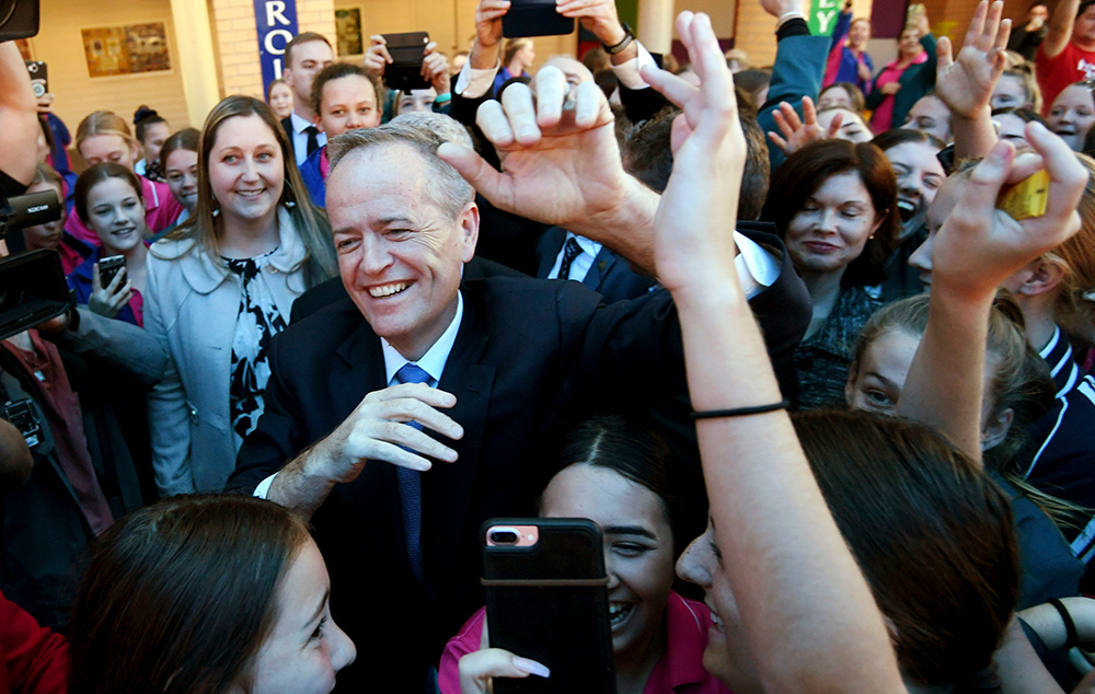 Labor leader Bill Shorten campaigning on the NSW Central Coast. Picture: Lukas Coch