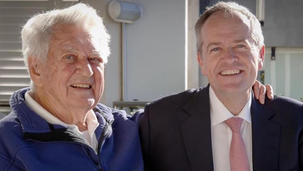 The late Bob Hawke pictured recently with current labor leader Bill Shorten.