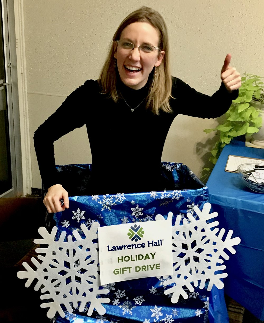 Maggie-OKeefe-40th-Ward-Alderman-Holiday-Gift-Drive