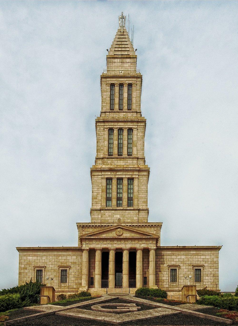 masonic-temple-403126_1920.jpg