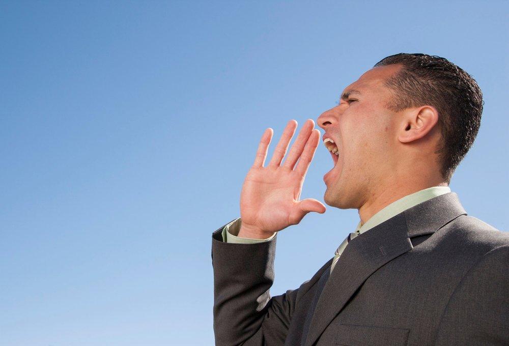 businessman-yelling_Ht7MQEArj.jpg